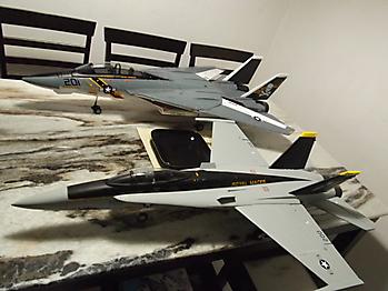 HOBBY KING F/A-18 Hornet 64mm EDF jet - 686mm