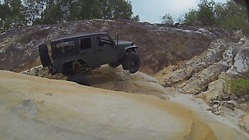 1/10 AXIAL SCX-10 JEEP crawler